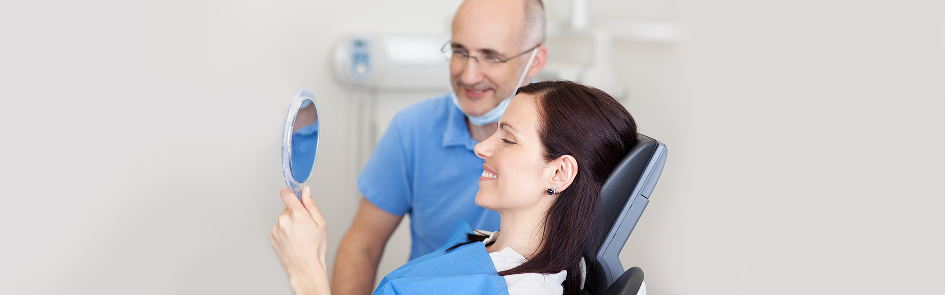 Which Option Is Best for Replacing Missing Teeth in Your Mouth?